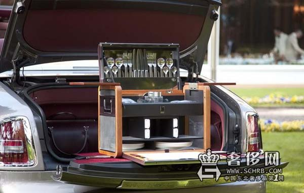 RollsRoyce劳斯莱斯 Phantom推出定制化野餐组合配件
