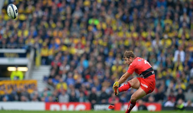 Toulon's Welsh fullback Leigh Halfpenny kicks a penalty during the European Rugby Champions Cup rugby union final match between Clermont and Toulon at Twickenham Stadium, south west of London on May 2, 2015.   AFP PHOTO / GLYN KIRKGLYN KIRK/AFP/Getty Images
