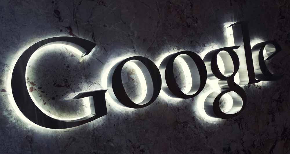 google-logo-glow