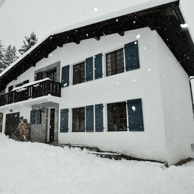 Front of Chalet Chistol in the snow