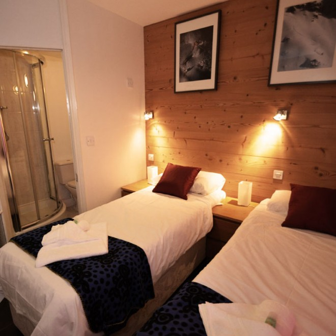Double or Twin Ensuite Room Chalet Christol