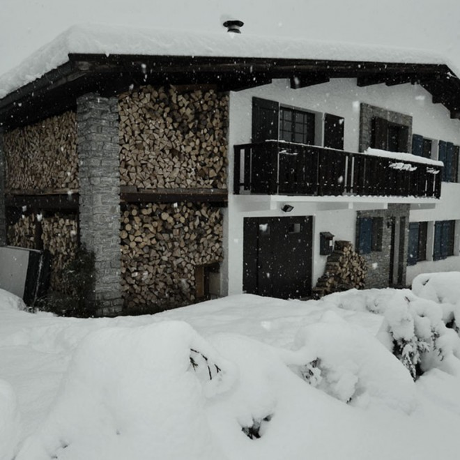 Chalet Christol in the Snow