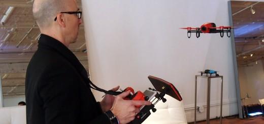 Mashable Kepala Koresponden Lance Ulanoff Bebop Drone