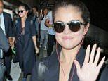 Selena Gomez-giv (2).jpg