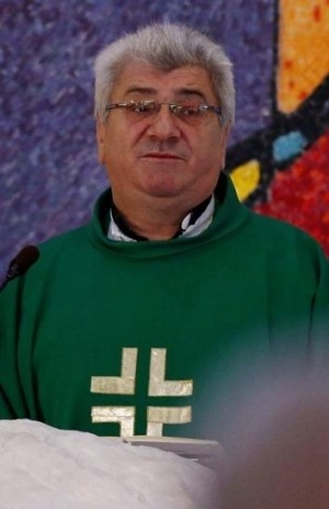 Father Josip Vranjes conducts service at the Croatian Catholic Church in Sunshine in September.