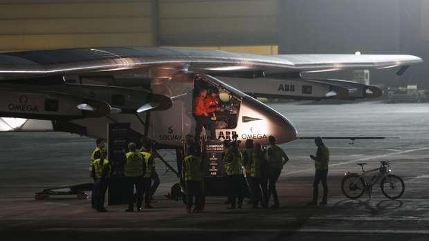 Solar Impulse 2 mendarat darurat di Jepang