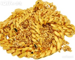 pile of cuban link gold chains