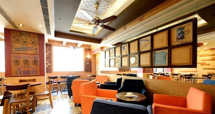 The-Coffee-Bean-&-Tea-Leaf_Khan-Market_Delhi_Interiors-Seating