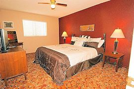 01-king-suite34-270�180