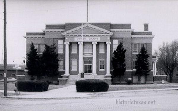 Crosby County Courthouse, Crosbyton, Texas 1940s