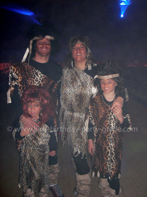 cavemen-family-costume1.jpg
