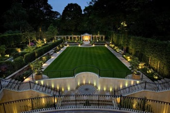 Luxury Real Estate - Britain's most expensive new home picture 1-10-08 2