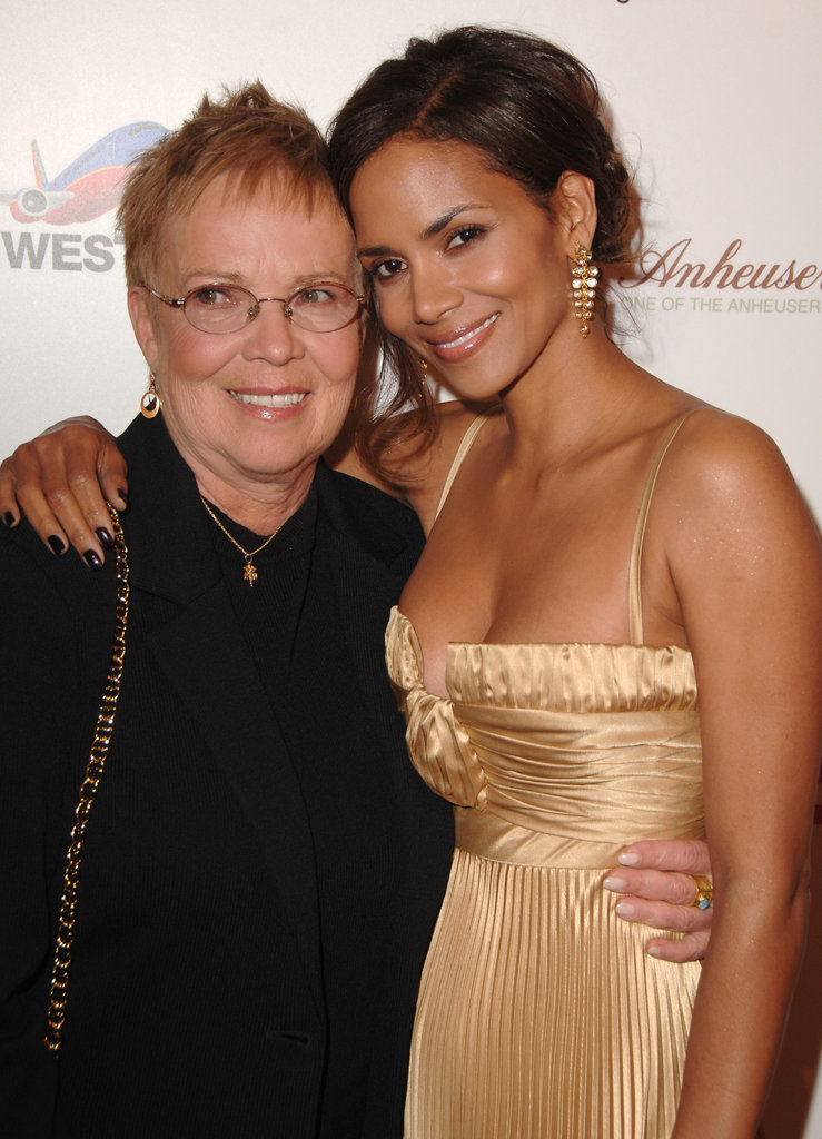 Halle-Berry mom