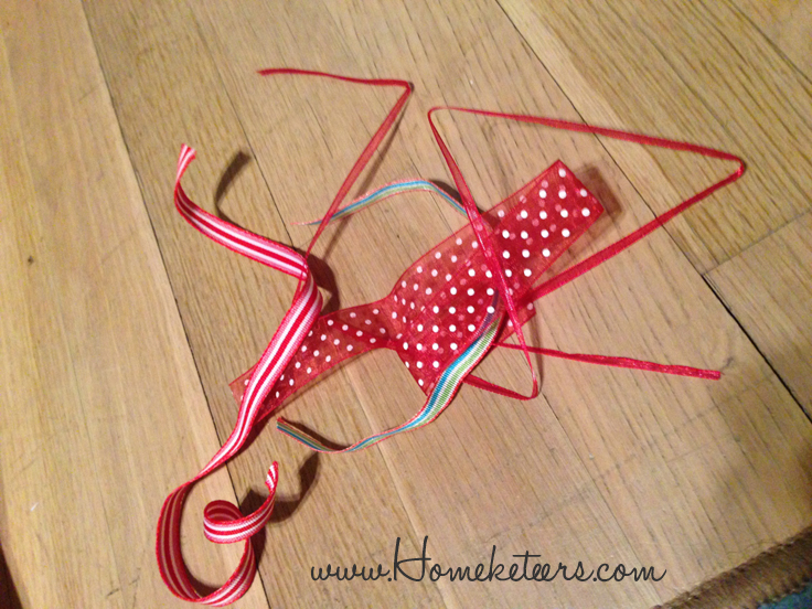 easy way to straighten ribbon quickly