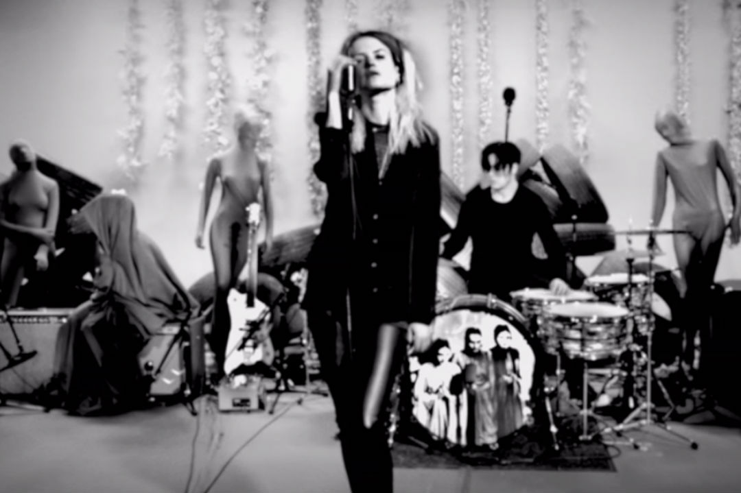 Watch the Dead Weather's Jack White-Directed Live Video for 'Be Still'