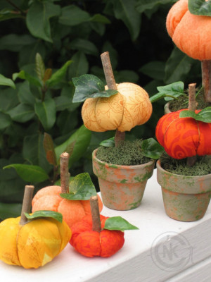 Potted Pumpkins Topiary - Quilting and Sewing