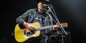 Neil Young + Promise Of The Real (Photo by: Stephen McGill, AUX TV.)