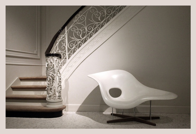 La-Chaise-by-Charles-e-ray-eames