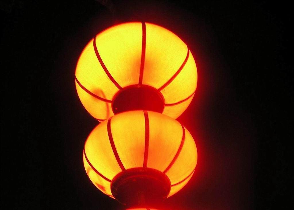 大红灯笼高高挂节日 非主流意境唯美图片