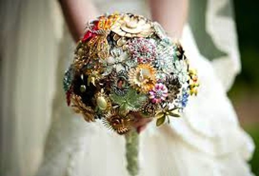 Unique and unusual, vintage brooches make up this lovely bridal bouquet.