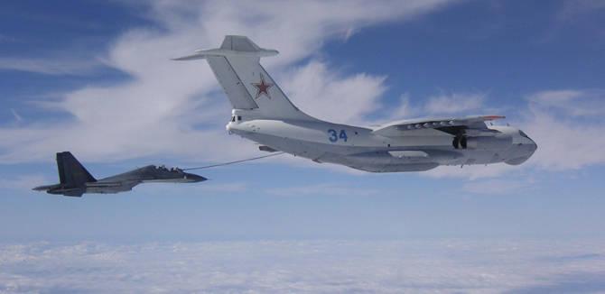 南空某师世界一流:苏30接受俄军伊尔78空中加油