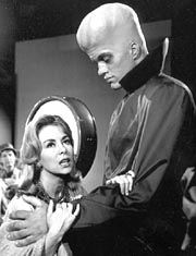 Richard Kiel as 'Kanamit' alien in 'To Serve Man'