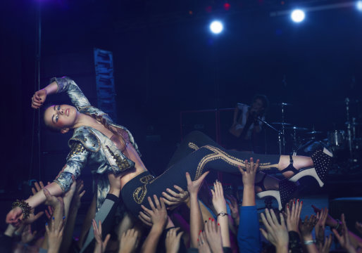 Fashion by Dux on Stage Diving
