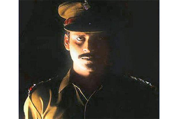 Shool, 1999: Bajpayee made a switch from criminal to cop for his next big role, that of the stubborn and principled inspector Samar Pratap Singh.