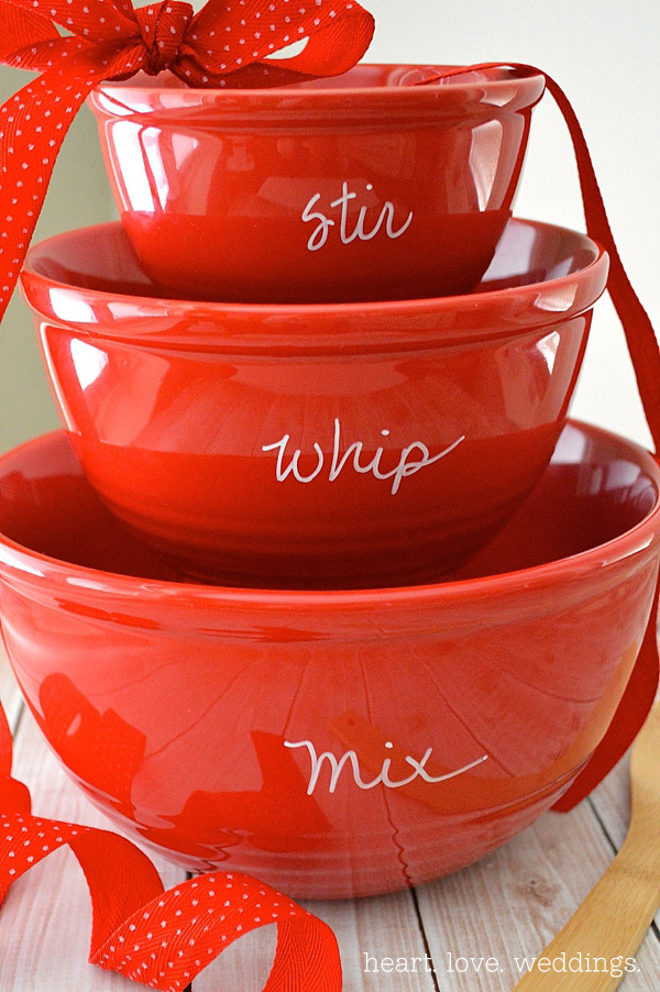 diy-holiday-hostess-gifts-custom-mixing-bowls