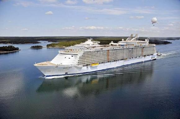 Largest-cruise-Ship-1