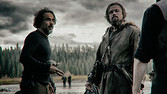 Alejandro González Iñárritu with Leonardo DiCaprio on the set of 'The Revenant'