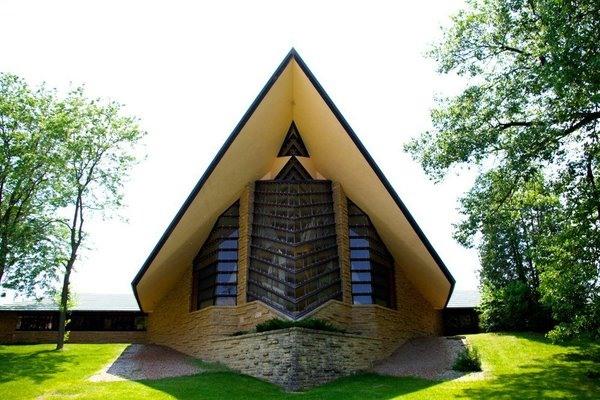 Suburban Church Design is Subversive