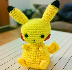 http://translate.google.es/translate?hl=es&sl=en&tl=es&u=http%3A%2F%2Fwww.craftsauce.blogspot.co.uk%2F2014%2F11%2Fanother-pikachu-pattern.html