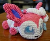 http://translate.google.es/translate?hl=es&sl=en&tl=es&u=http%3A%2F%2Faphid777.deviantart.com%2Fart%2FBaby-Sylveon-with-pattern-460386813
