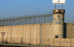 """Israel Bars """"Refugees,"""" Builds Wall—While Jews Support """"Refugee"""" Invasion of Europe"""