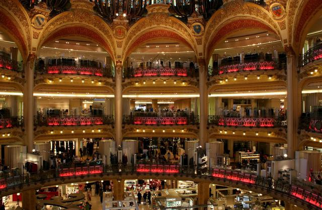 A shot showing the Belle-Epoque design at Galeries Lafayette in Paris. - Petter Palander/Some rights reserved under the Creative Commons license