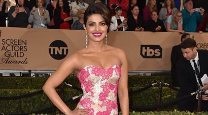 Priyanka Chopra wows in a strapless gown at Screen Actors Guild Awards