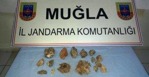 Muğla'da zultanit kristali ele geçirildi