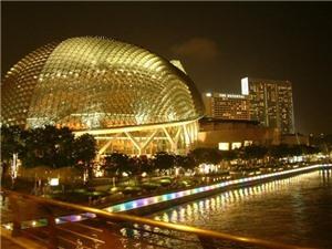 Tour Singapore-Malaysia: Mua sắm tẹt ga