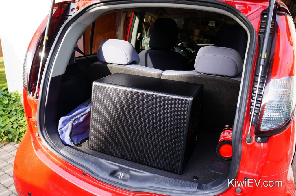 Subwoofer in the electric car