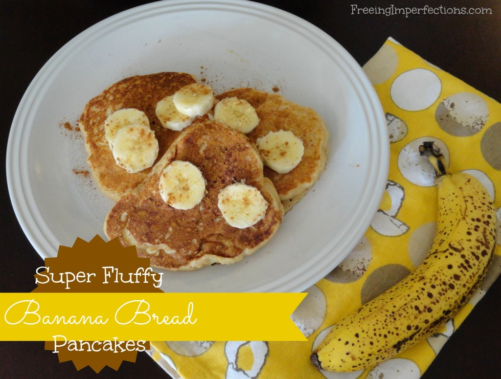 Super Fluffy Banana Bread Pancakes