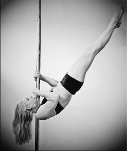 MAXIMUM POLE DANCING COURSE