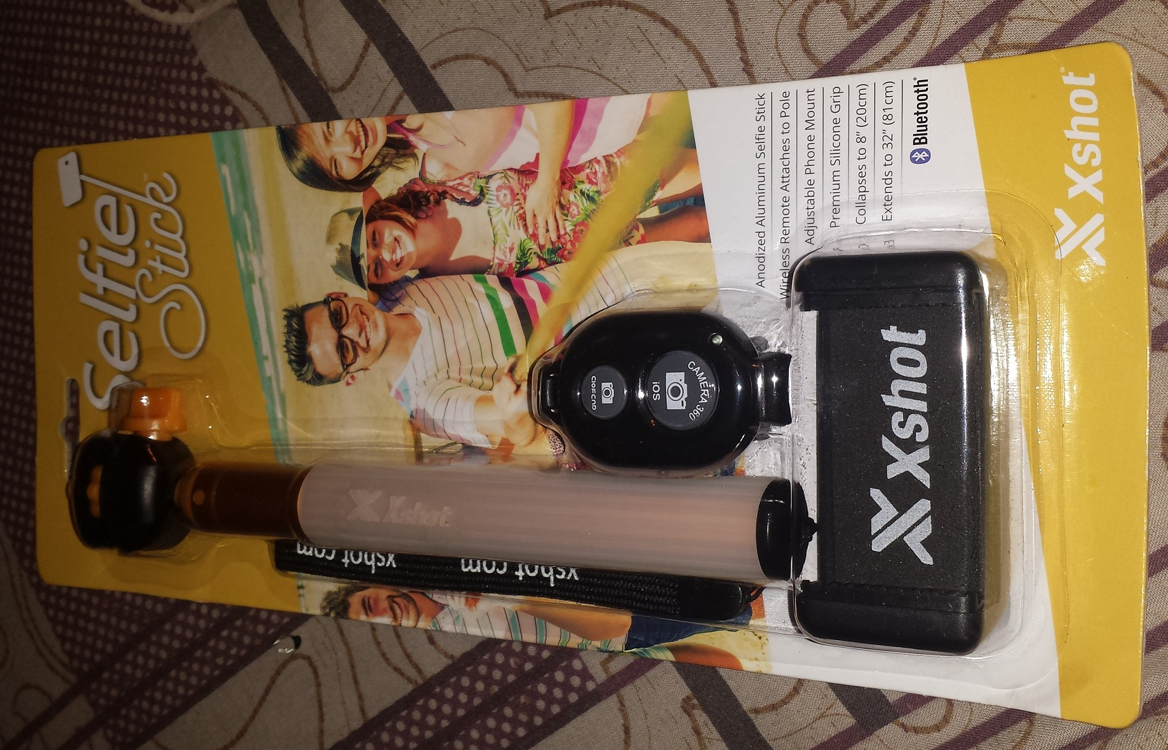 packed selfie stick by xshot