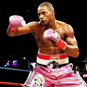 Mayweather's Grant Pink Boxing Gloves