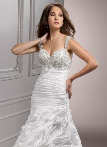 wedding-dresses-sweetheart-neckline-fit-and-flare-g8glfoqk