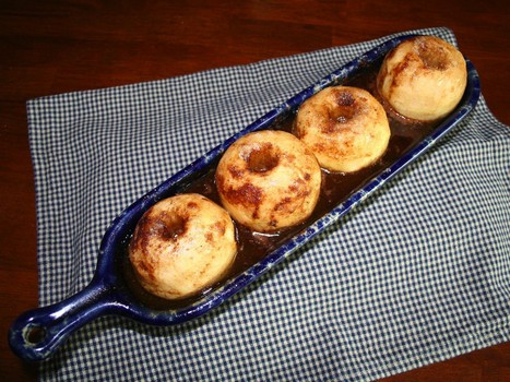 Baked apples will fill you up, deliciously.