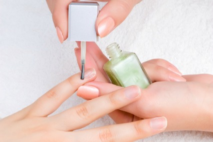 Using cuticle oil