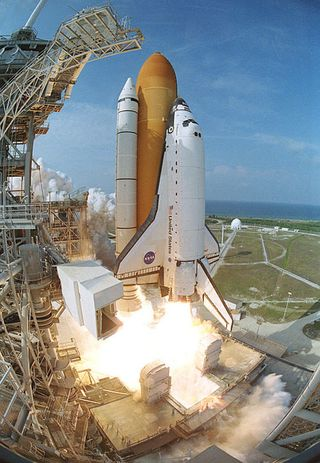 Space-shuttle-endeavor-sts-111-55