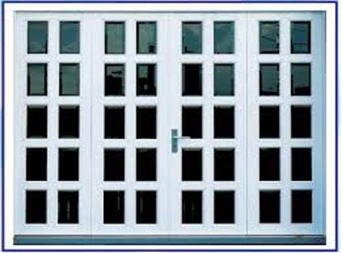 Cửa nh�m k�nh 4 c�nh đẹp cho nh� ở tại quận 10