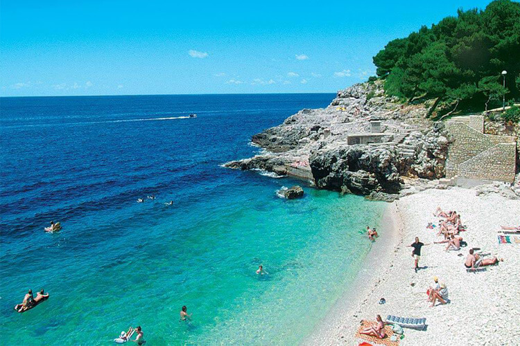 Beach in Pula | Total Croatia
